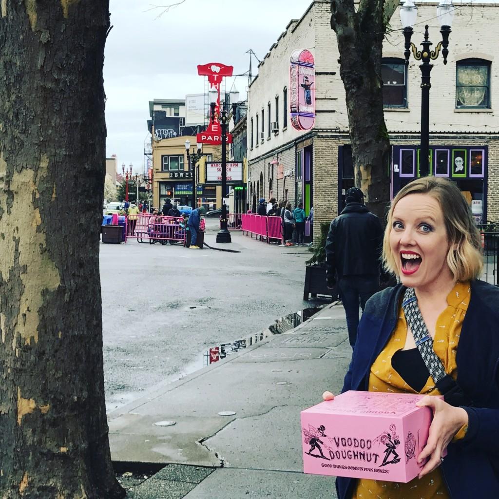 Albuquerque Mom likes to Doughnut Around, Albuquerque Mom's Blog