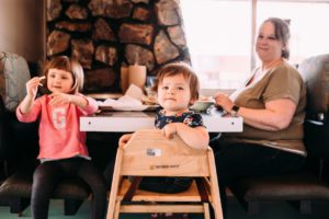 family friendly restaurants Segura Family Shooters & Albuquerque Moms Blog lifestyle photo family at restaurant