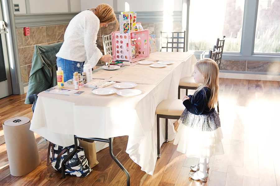 ABQ Moms Blog Licht Photography Kate Buckles Photography NOAH's event venue Breakfast with Santa Spur Line Supply Co Hip Stitch