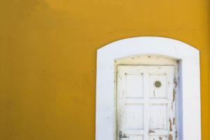 neighbor closed door open opportunity friends neighbors | Sarah Beckman | Albuquerque Moms Blog