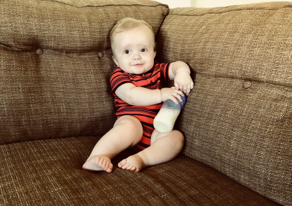 Baby and bottle, world breastfeeding week, Albuquerque Moms Blog