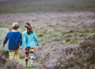"""5 Reasons to Make Outdoor Time a """"Back-to-School"""" Priority"""