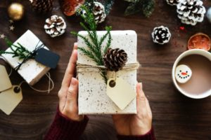 Simple Gifts for the Small Budget: Giving Without Breaking the Bank | Albuquerque Moms Blog