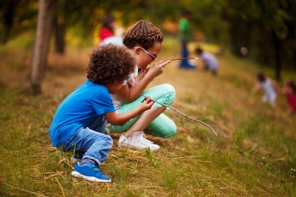 outdoor scavenger hunt for kids, Albuquerque Moms Blog