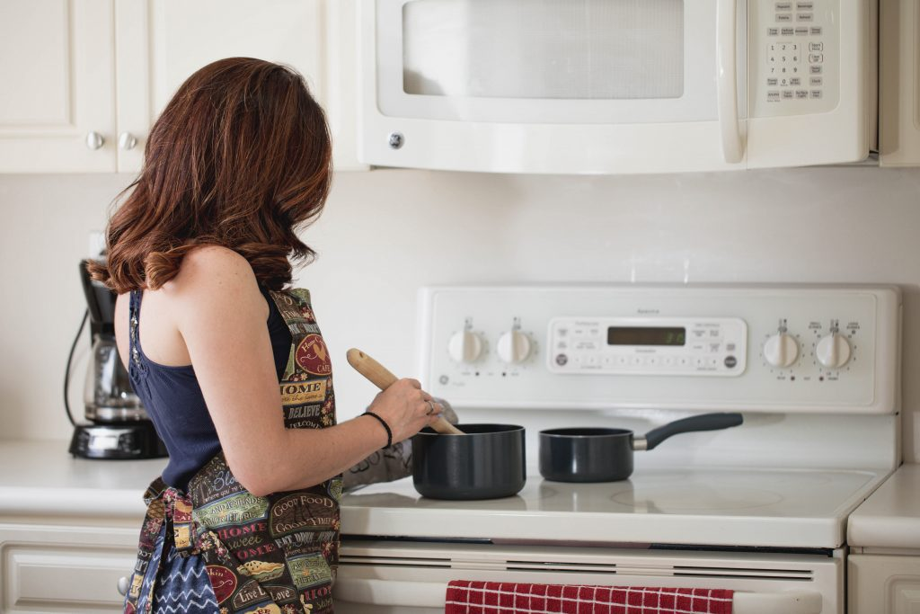 Cooking in the Kitchen :: 6 Ways to Improve Your Culinary Skills | ABQ Mom