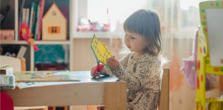 Thinking Critically :: Helping Young Kids Practice an Essential Skill