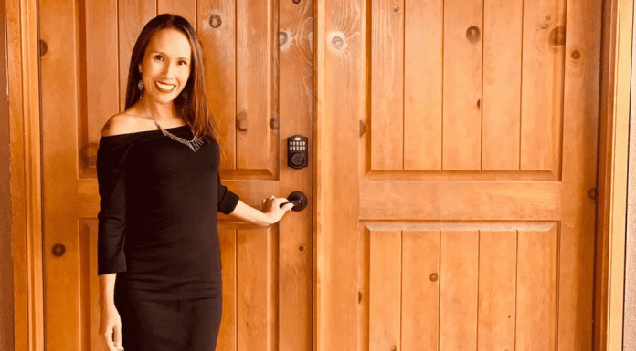 3 Simple Style Tips for the Trendy, Professional Mom