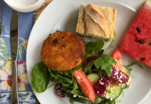 Beet and Goat Cheese Salad with Crab Cakes and Lemon Dill Vinaigrette
